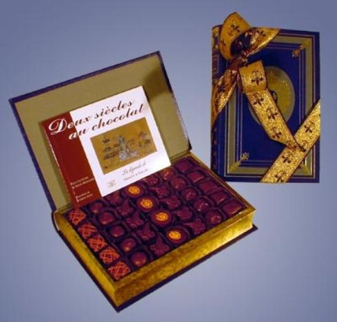 Подарочный набор конфет Книга от Debauve & Gallais
